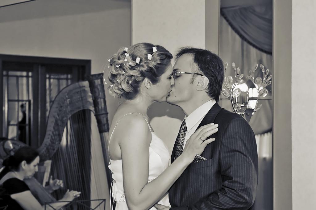 Поцелуй в браке